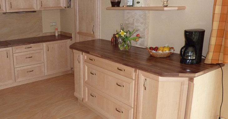 Kuchen bader mobel palme hochwertige mobel for Echtholzküchen